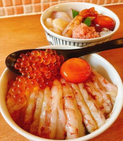六本松海鮮丼花火